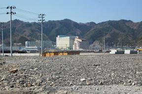 復興視察2日目2/2:大槌町AMDAさんに、大槌町の現状を見せていただく